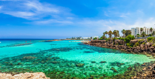 Vue splendide sur Protaras et Fig Tree Bay