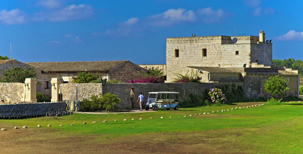 Double Tree Hilton Acaya Golf Resort