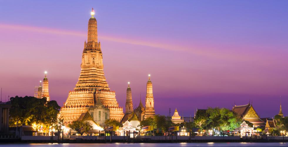 Temple Wat Arun, Chao Phraya River, Bangkok