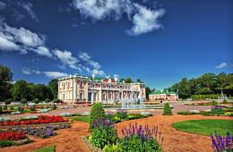 Belles demeures et châteaux des pays baltes