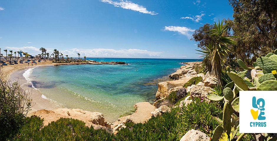 Kleine Bucht beim Nissi Beach in Ayia Napa - Zypern