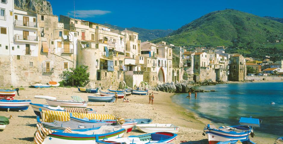 Cefalù, Sizilien, Italien - Italien