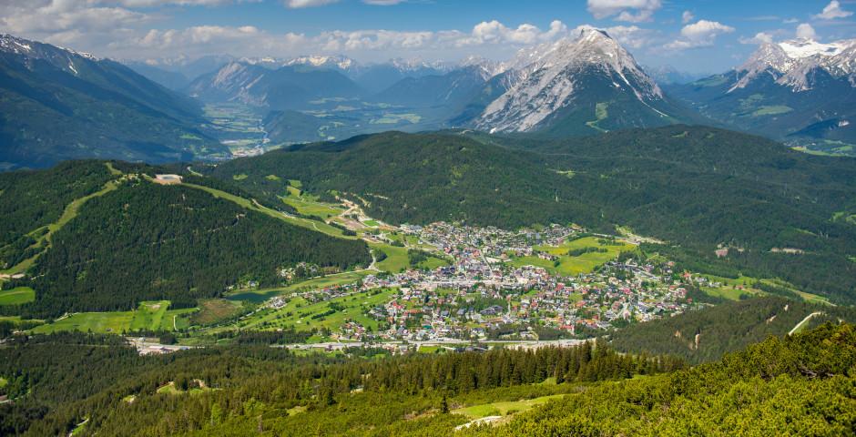 Vue de Rosshütte sur Seefeld et la vallée de l'Inn - Seefeld