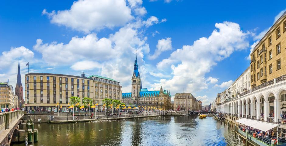 Hôtel de ville, arcades de l'Alster - Hambourg