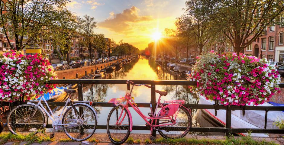 Wunderschöner Sonnenaufgang in Amsterdam - Amsterdam