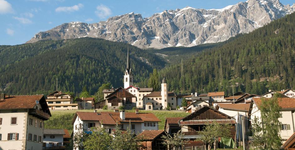 Dorf Savognin