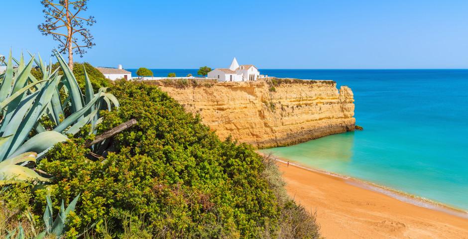 Strand von Armacao de Pera - Algarve / Faro