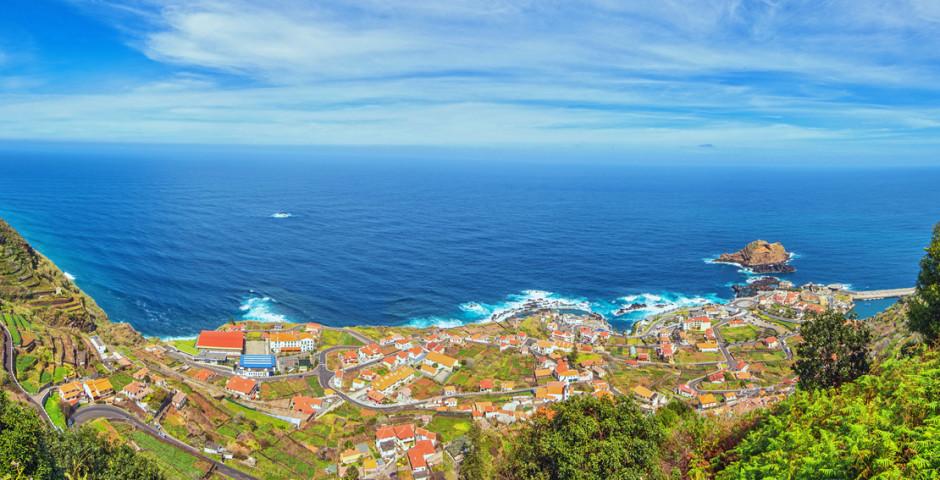Blick auf Porto Moniz - Madeira
