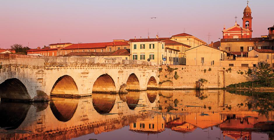 Tiberiusbrücke - Rimini & Umgebung