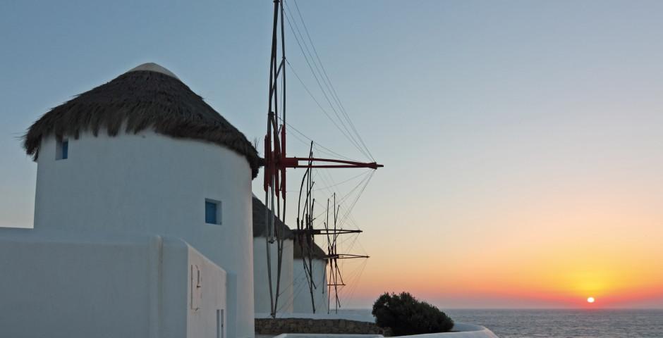 Moulins à vent blancs - Mykonos