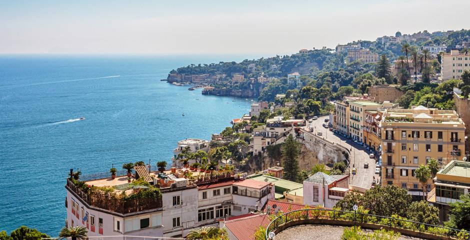 Blick auf Neapels Küste - Golf von Neapel