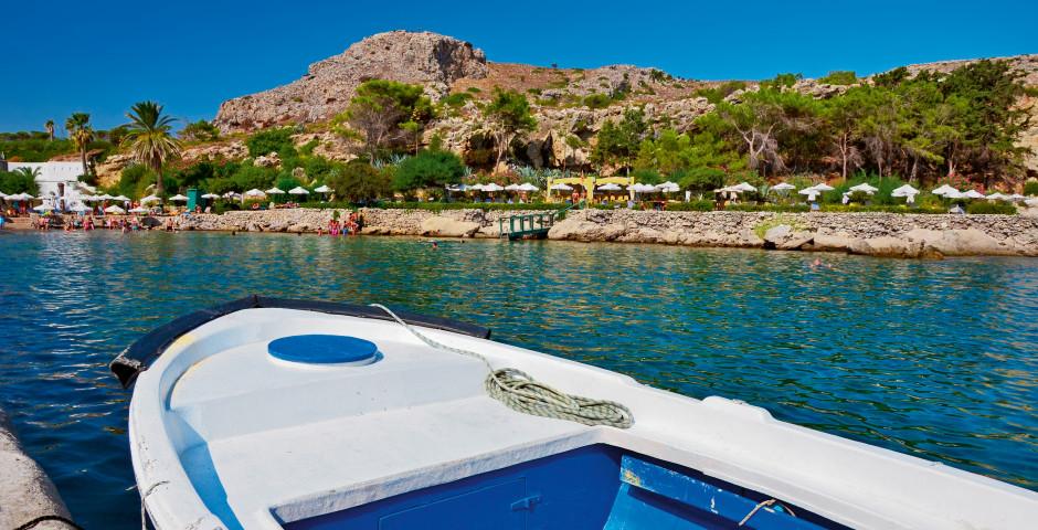 Boot bei den Thermen von Kalithea - Kalithea