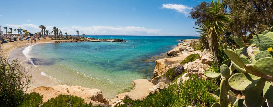 Kleine Bucht beim Nissi Beach