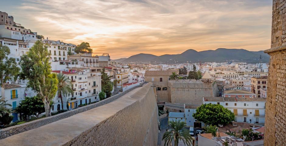 Hotels In Ibiza Stadt G 252 Nstig Nach Ibiza Stadt