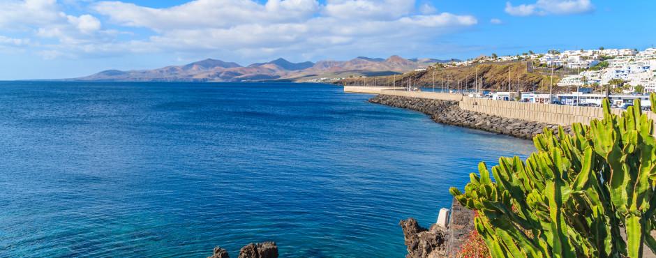 Blick auf Hafen von Puerto del Carmen