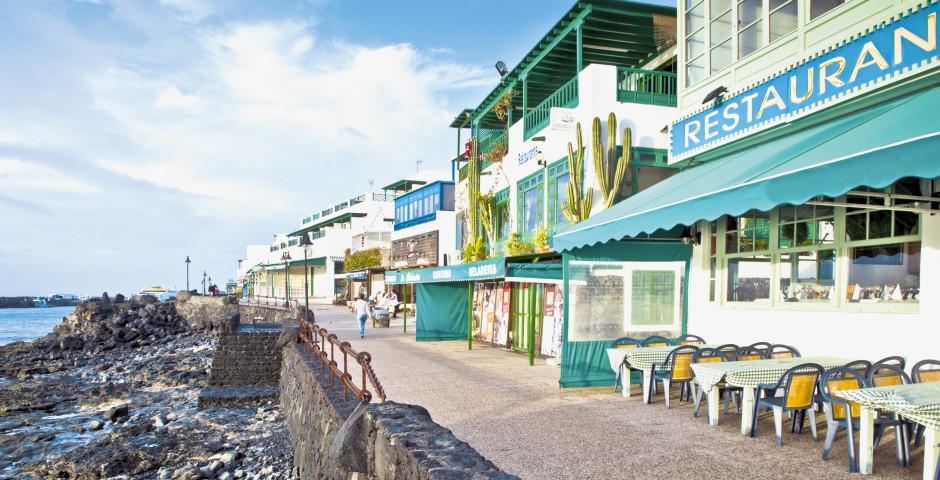 Promenade mit hervorragenden Restaurants - Playa Blanca