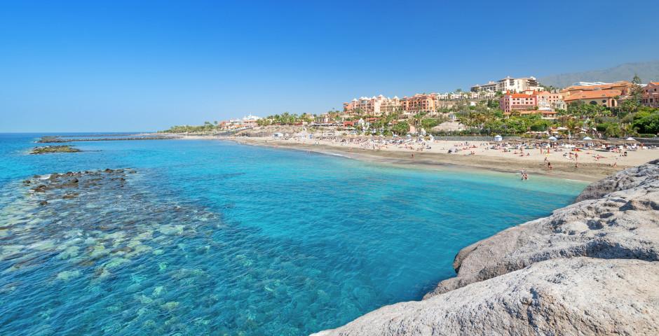 Panorama de rêve sur la plage de sable Playa del Duque à Costa Adeje - Costa Adeje