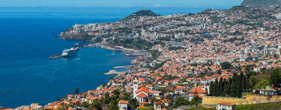 Vue panoramique sur Funchal