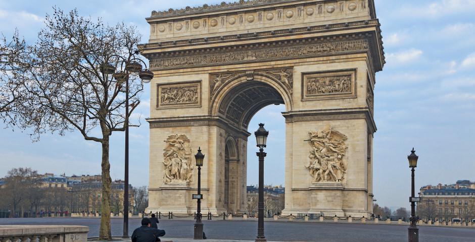 Triumphbogen - Champs Élysées / Arc de Triomphe