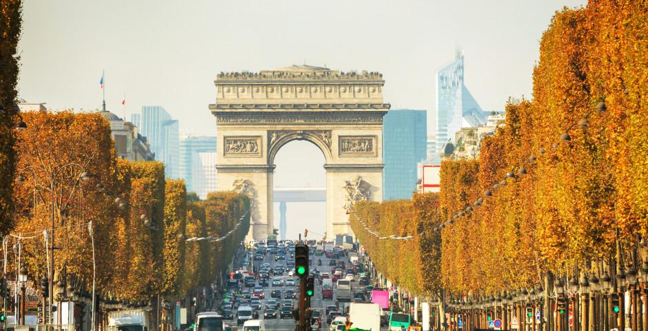 Champs-Elysées / Triumphbogen - Champs Élysées / Arc de Triomphe