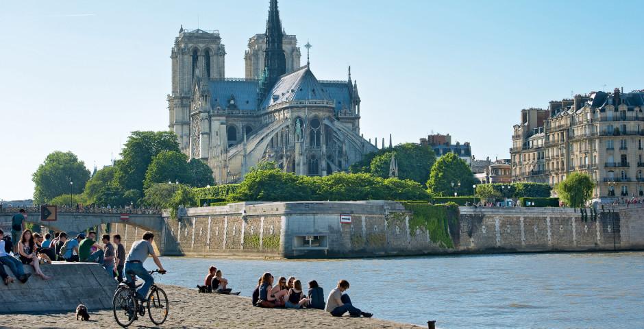 Paris, Notre-Dame - Gare de Lyon / Bastille