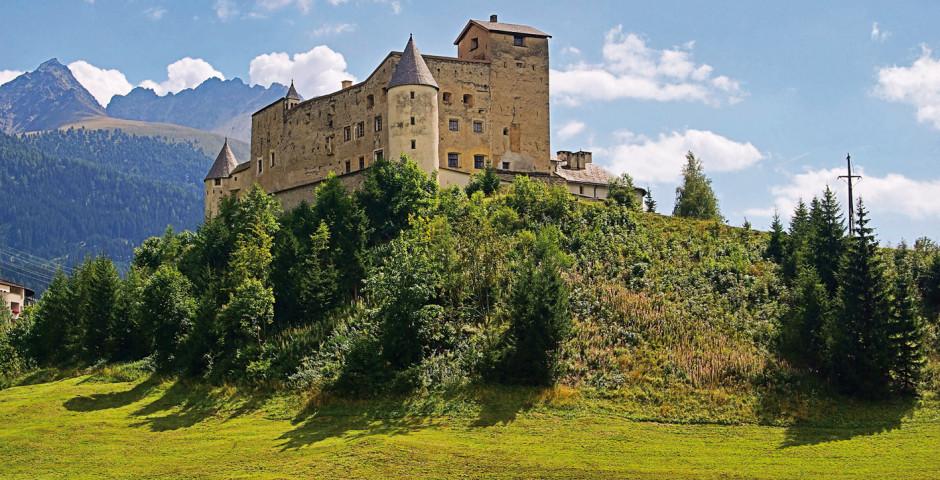 Schloss Nauders