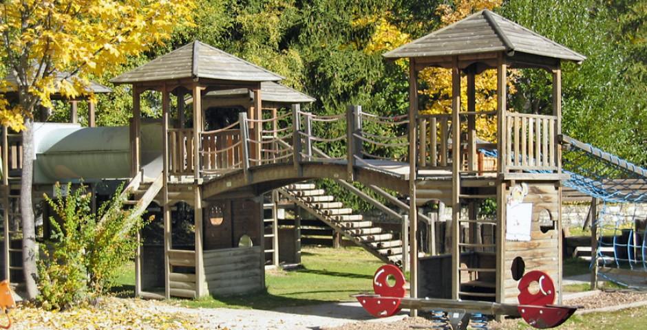 Kinderspielplatz in Carns-Montana - Crans-Montana