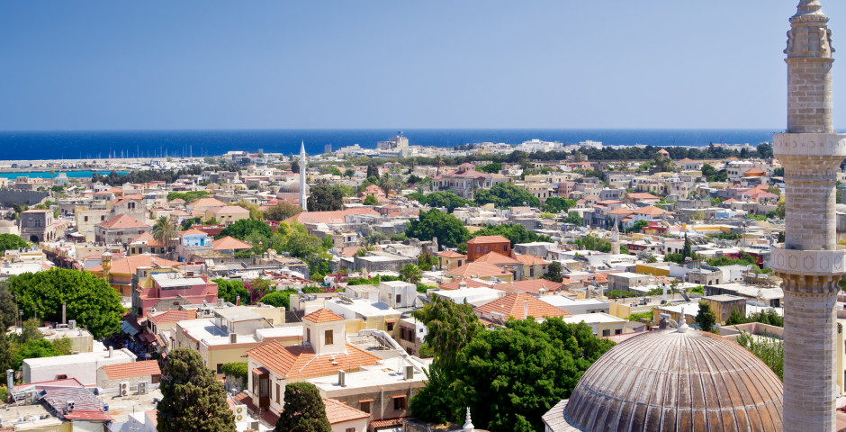 Vue sur la vieille ville historique de à Rhodes