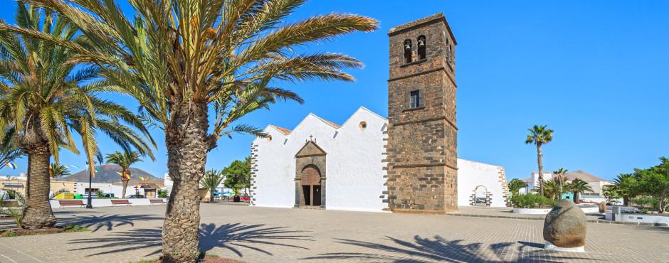 Iglesia de Nuestra Senora de la Candelaria im Zentrum von La Oliva