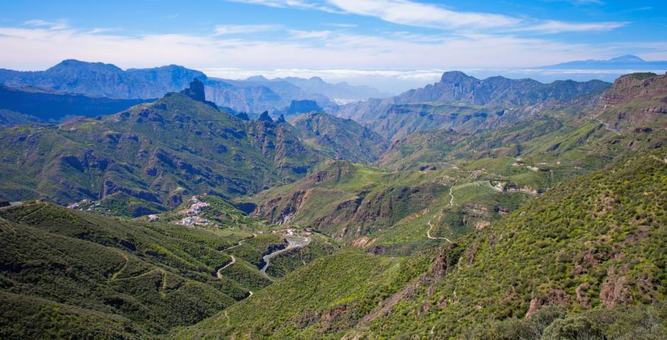 Vue fantastique sur Tejeda et Roque Bentayga - Grande Canarie - l'intérieur de l'île