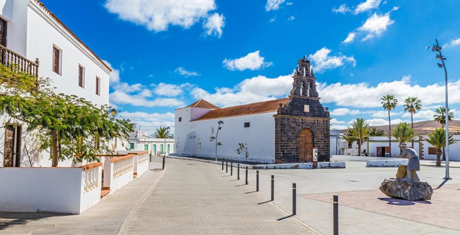 Kirche Santa Ana in Casillas del Angel - Fuerteventura - Landesinneres