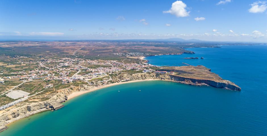 Vue sur Sagres et la plage Mareta - Sagres