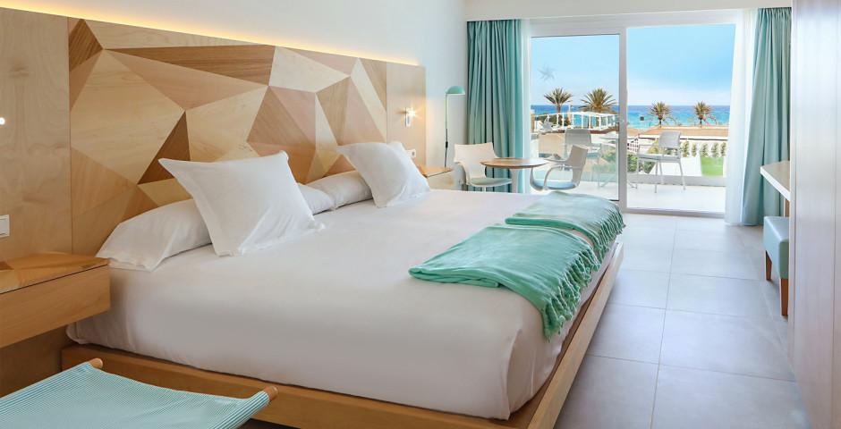 Doppelzimmer seitliche Meersicht - Iberostar Playa de Palma
