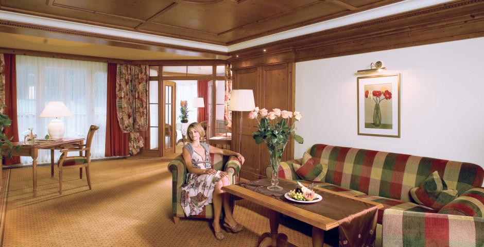 Hotel ...liebes Rot-Flüh