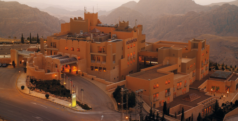 Mövenpick Resort Nabatean Castle