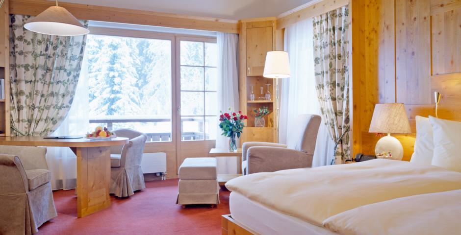 Wohnbeispiel Executiv-Zimmer - Hotel Waldhuus Davos - Sommer inkl. Bergbahnen*