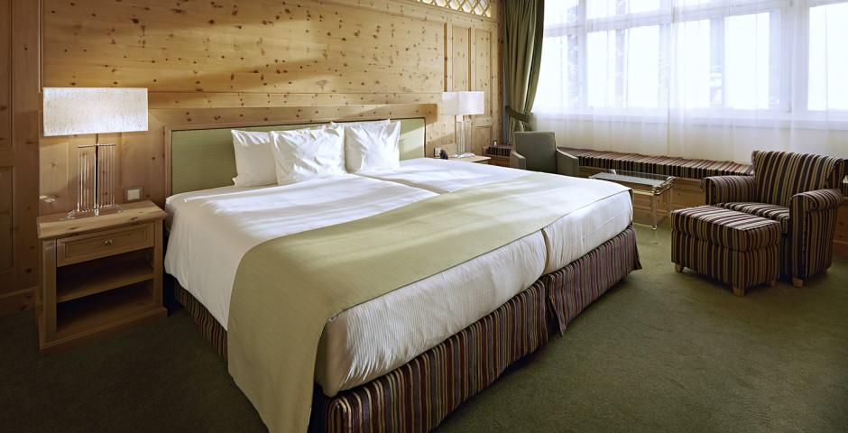 Wohnbeispiel Junior Suite Arvenholz - Hotel Seehof Davos - Sommer inkl. Bergbahnen