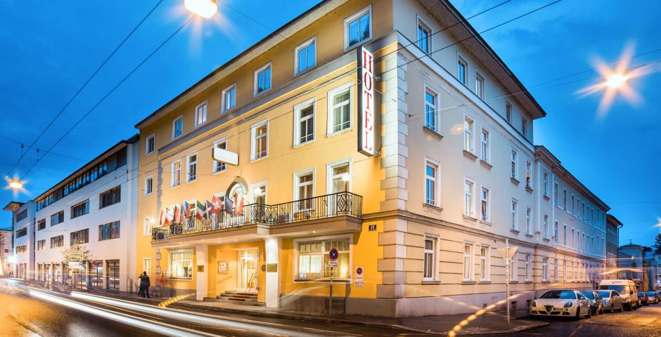 Goldenes Theater Hôtel