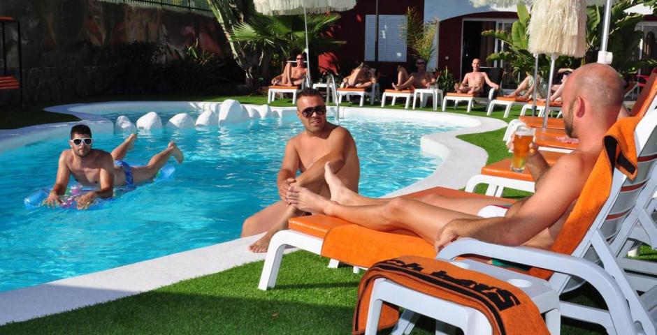 Beach Boys Playa del Ingles (gay men only)
