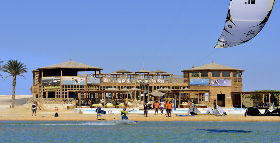The Breakers Diving & Surfing Lodge