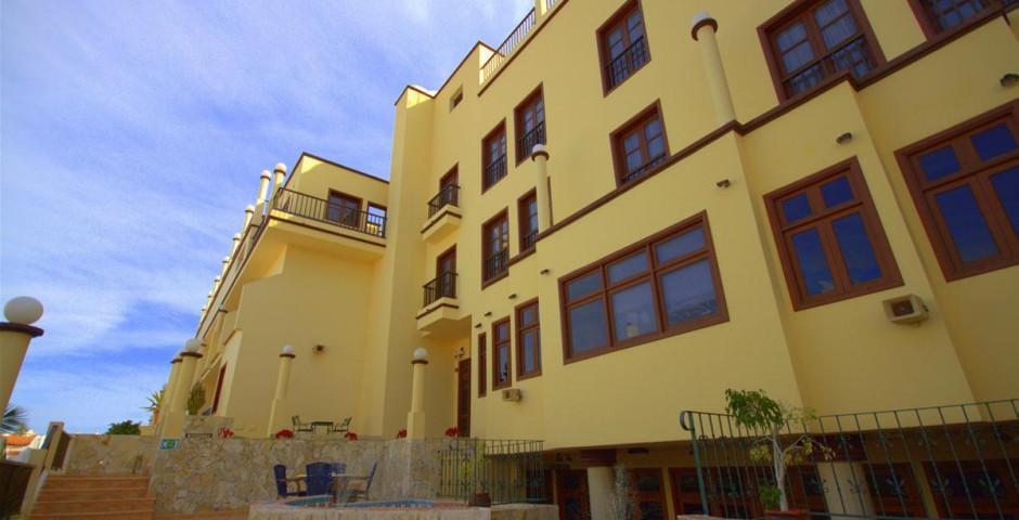 Reveron Apartments