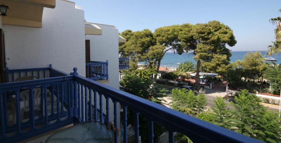 Theodorou Beach