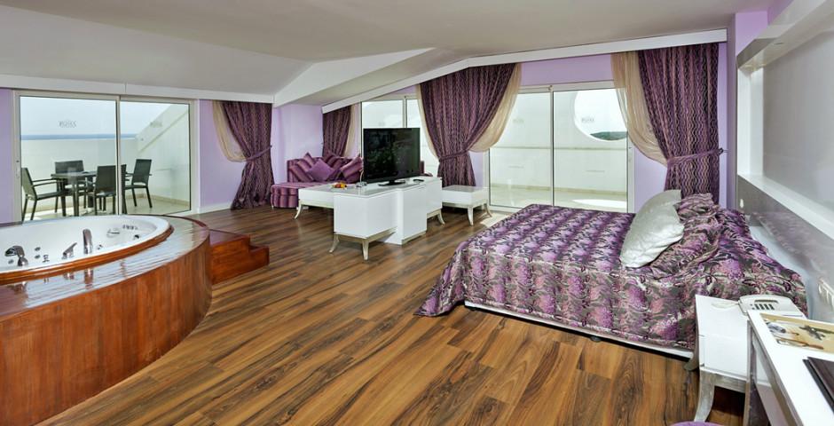 Roma Beach Resort & Spa
