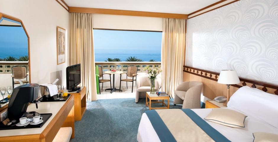 Doppelzimmer Superior Meersicht - Constantinou Bros Athena Beach