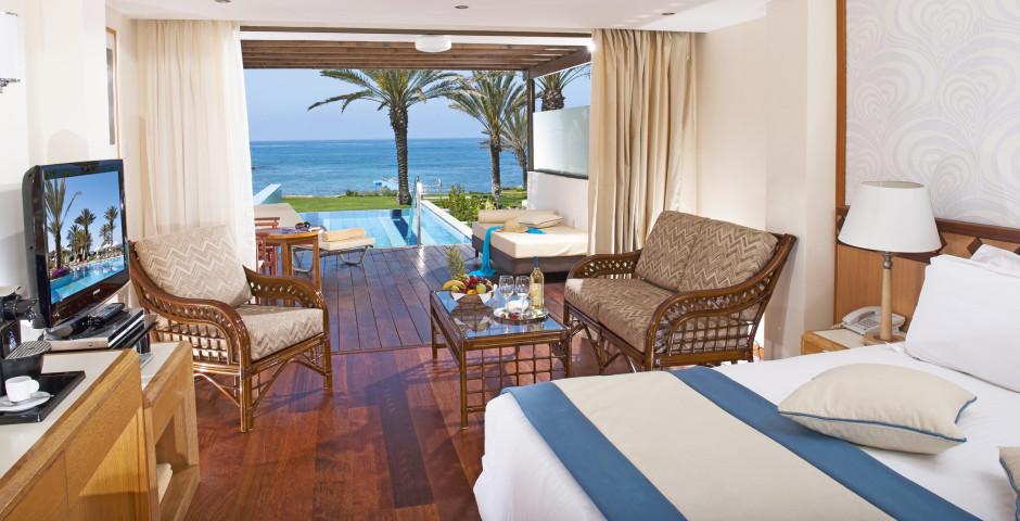 Junior Suite - Constantinou Bros Athena Beach Hotel