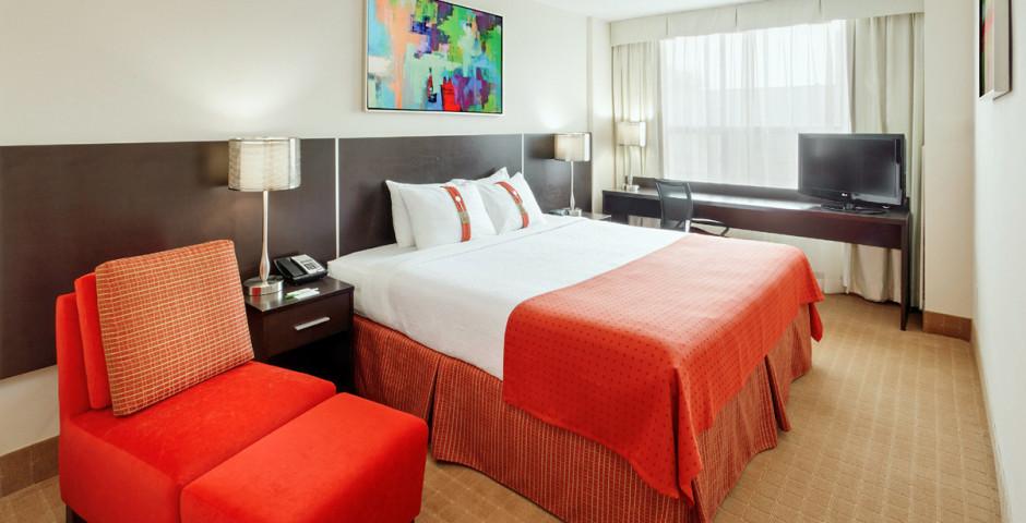 Standard Room King - Holiday Inn Toronto Downtown