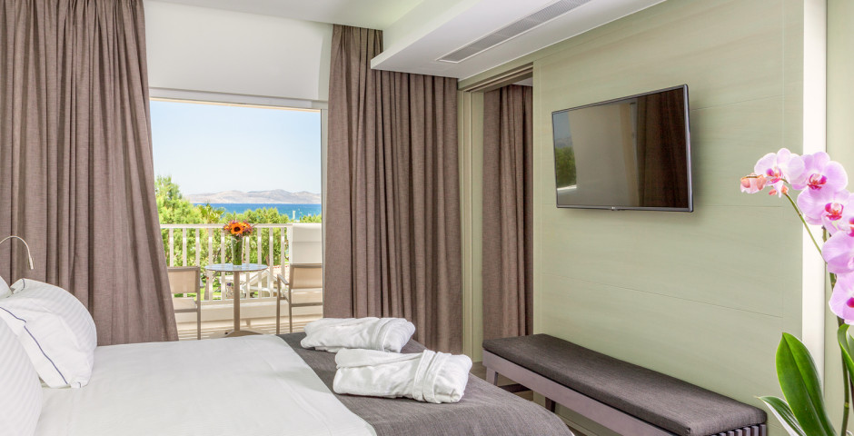 Luxury Suite - Neptune Hotels – Resort, Convention Centre & Spa