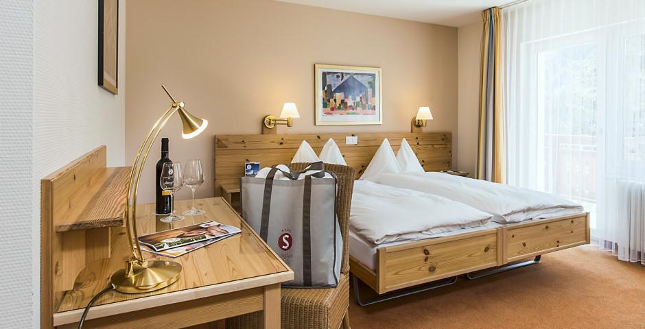 Doppelzimmer Balkon - Sunstar Hotel Arosa - Skipauschale