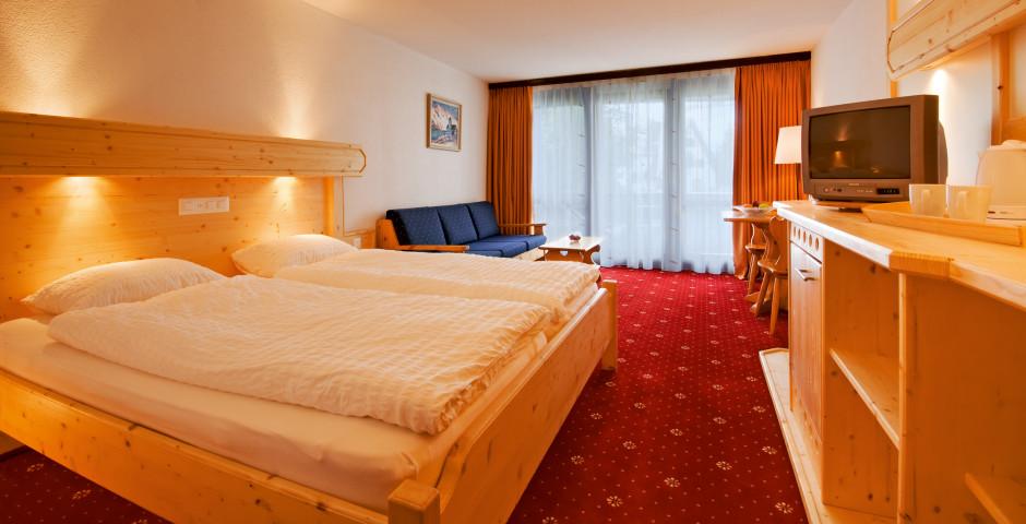 Doppelzimmer Süd Superior - Club-Hotel Davos - Skipauschale Schnäppchen