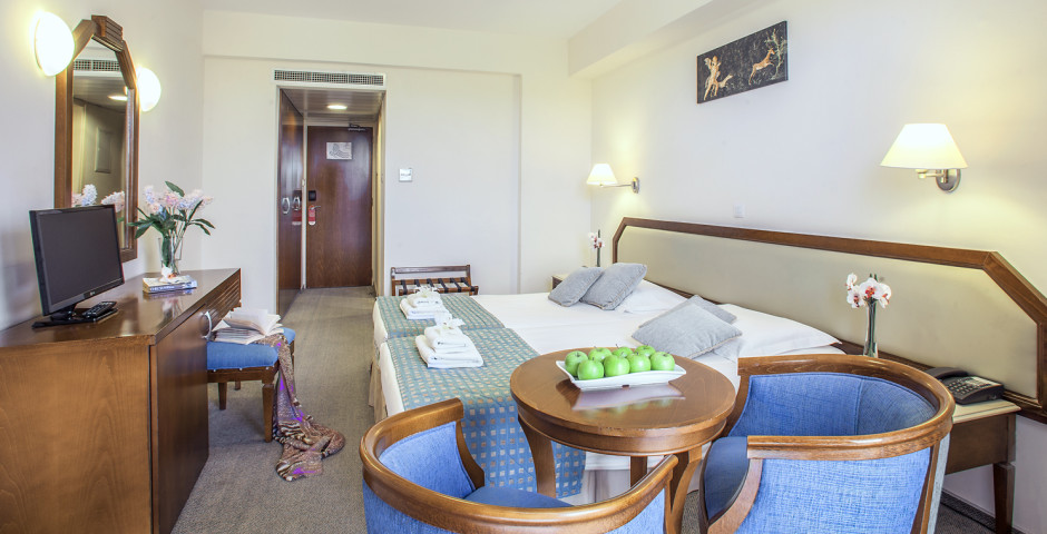 Aquamare Beach Hotel Spa Zypern